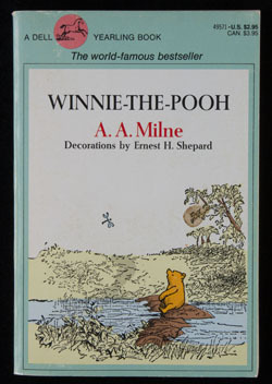 Front cover ofWinnie-the-Poohby A.A. Milne